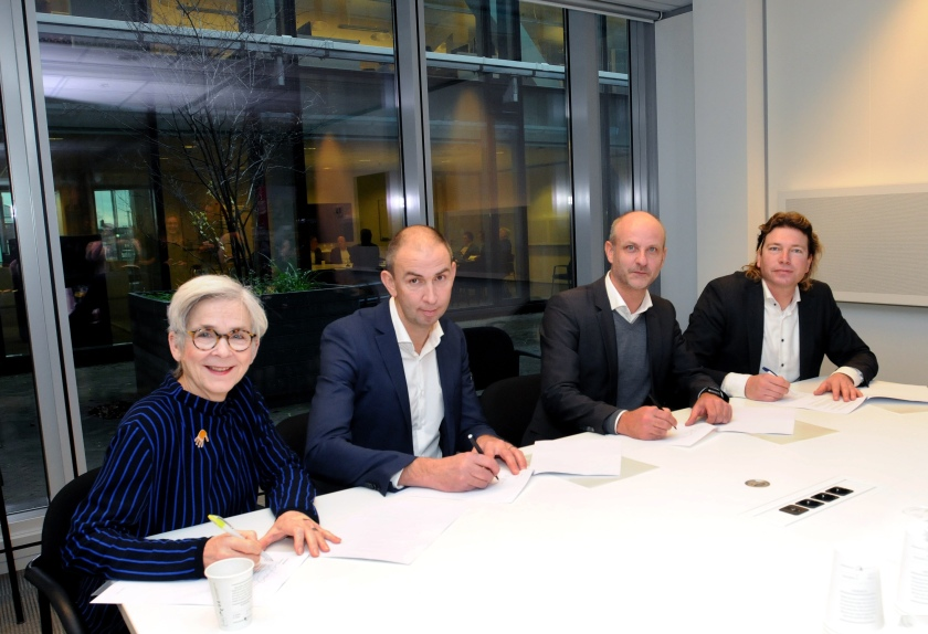 Gemeente Delft-27-11-2019 ondertekening Together!.jpg